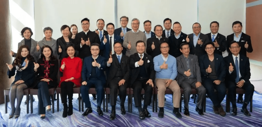Calvin Choi attended Cyberport Advisory Panel meeting, providing suggestions on the development of science and technology innovation in Hong Kong